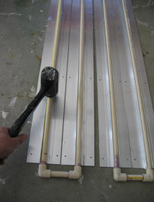 New and experimental solar projects and concepts for do it yourselfers this is a try at a very easy to build and cheap solar flat plate collector that uses cpvc pipe and extruded alum radiant floor heat spreaders solutioingenieria Choice Image