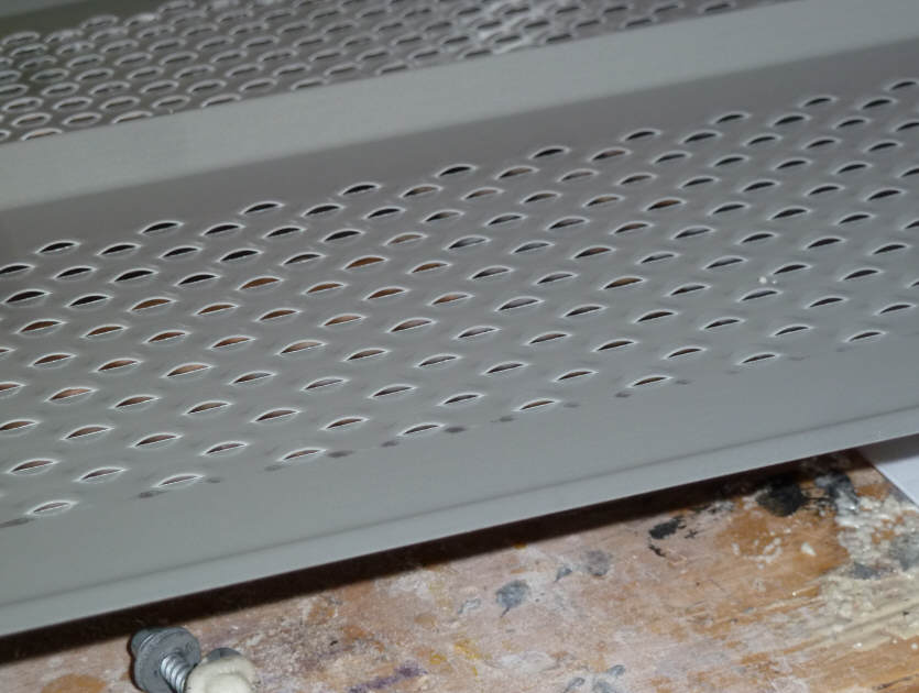 Building A Solar Air Heating Collector Using Aluminum