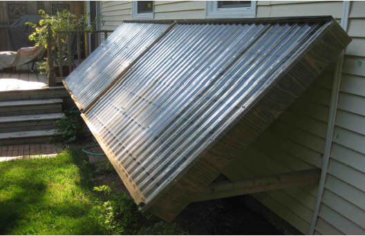 Diy solar water heating system on prince edward island for Heating systems for houses