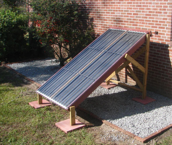 Simple DIY Thermosyphon Solar Water Heating System