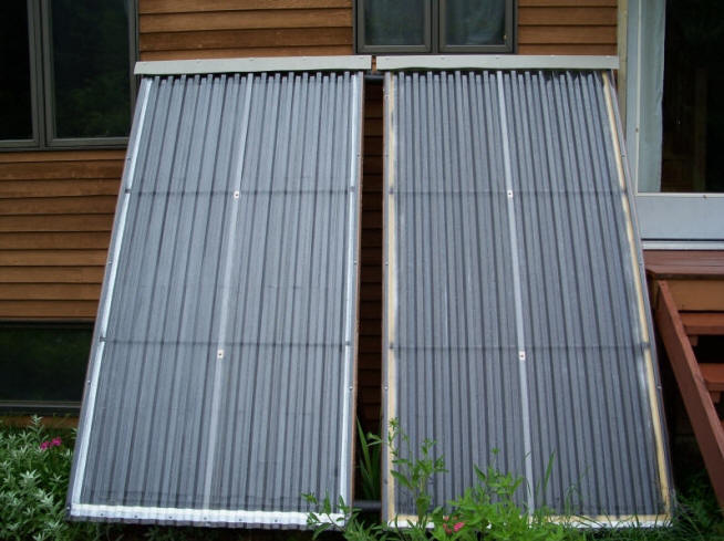 Woodsy 39 s 1k diy solar water heating system for Diy solar collector